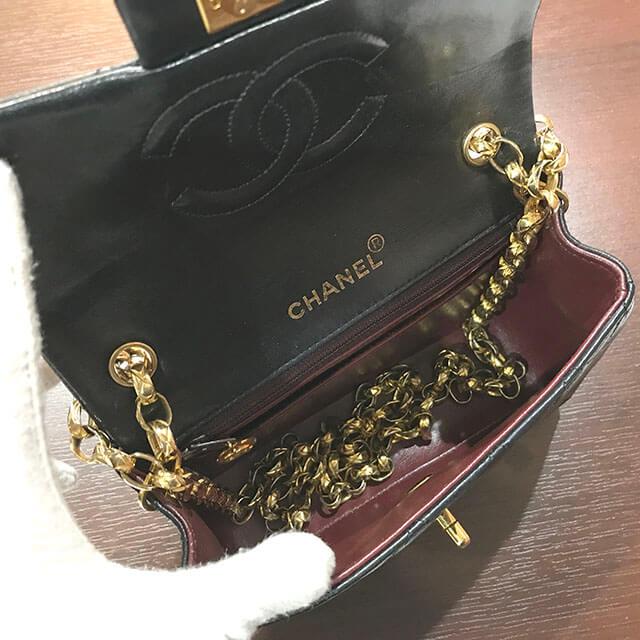 大阪のお客様からシャネルの【ミニマトラッセ】チェーンショルダーバッグを買取_03