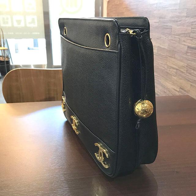 大阪のお客様からシャネルの【トリプルココ】チェーントートバッグを買取_02