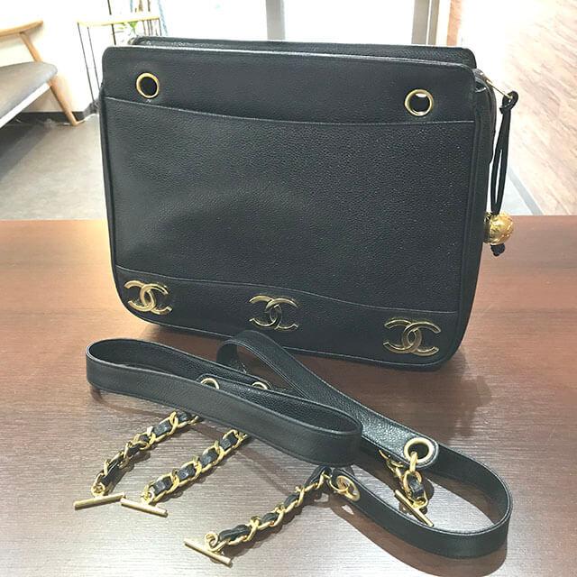 大阪のお客様からシャネルの【トリプルココ】チェーントートバッグを買取_04