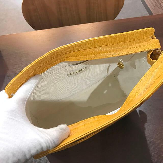 大阪のお客様からシャネルの【トリプル ココマーク】チェーンショルダーバッグを買取_03