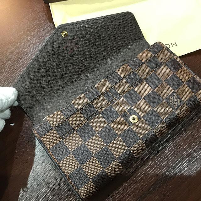 関目のお客様からヴィトンのダミエの長財布【ポルトフォイユ・サラ】を買取_03