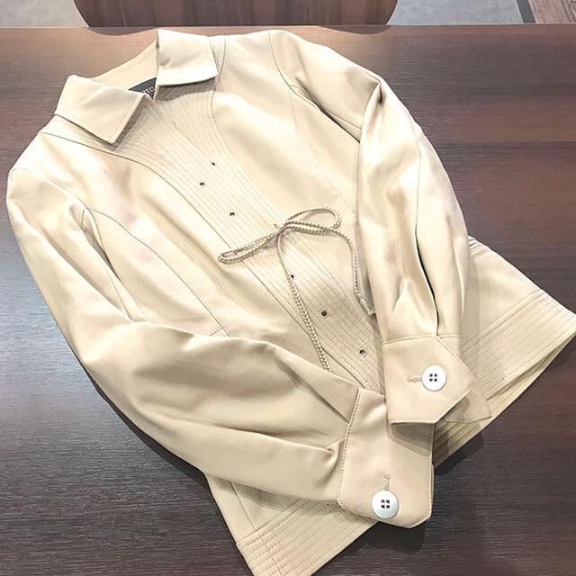 東成のお客様からヴィトンのジャケットを買取_03