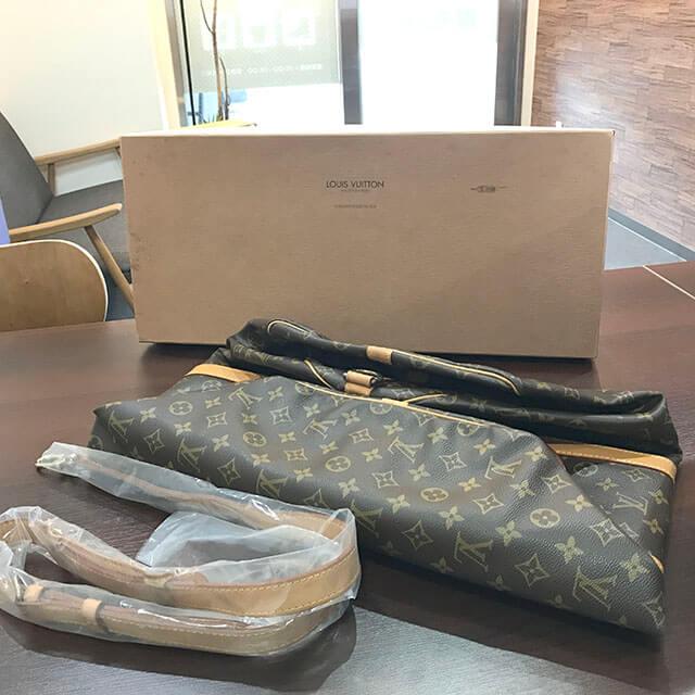 大阪のお客様からヴィトンのボストンバッグ【キーポル・バンドエール55】を買取_02
