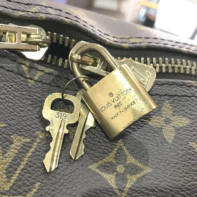 大阪のお客様からヴィトンのボストンバッグ【キーポル・バンドエール55】を買取_03