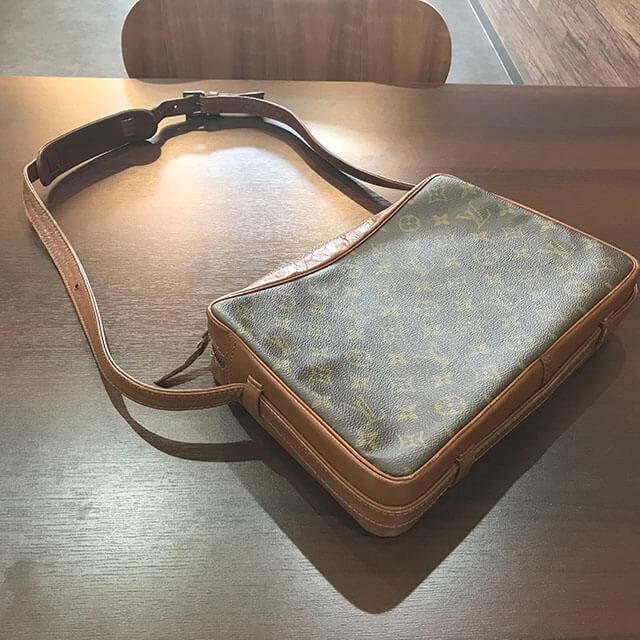 北巽のお客様からヴィトンのバッグ【サックバンドリエール】を買取_03
