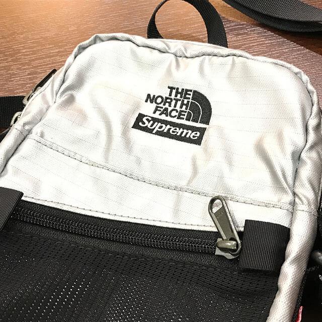大東のお客様からシュプリーム×ノースフェイスの【18SS Metallic Shoulder Bag】を買取_03