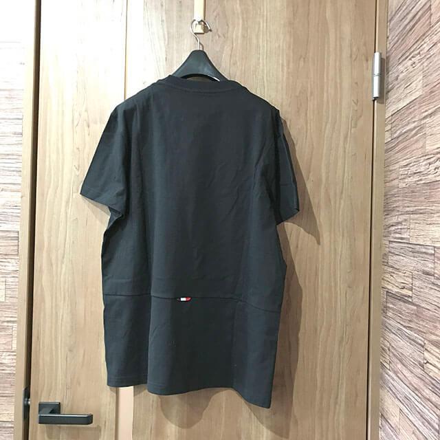 モノカウ心斎橋店にて岸里のお客様からモンクレールのTシャツを買取_02