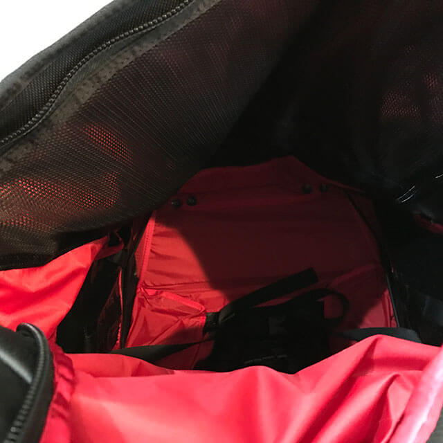 梅田のお客様からノースフェイスのキャリーバッグ【ローリングサンダー】を買取_04
