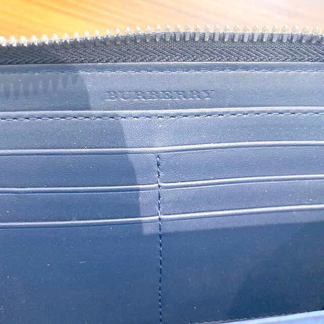 上本町のお客様からバーバリーのラウンドファスナー長財布を買取_02