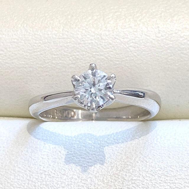 東大阪のお客様から0.3カラットのダイヤの指輪を買取_01