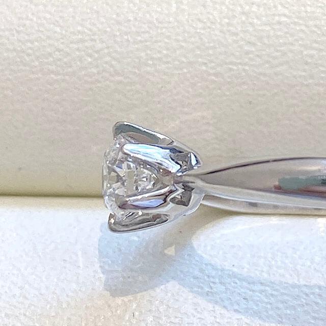 東大阪のお客様から0.3カラットのダイヤの指輪を買取_04