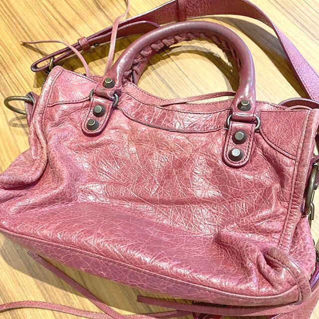 森ノ宮のお客様からバレンシアガの2wayバッグ【クラシック ミニシティ】を買取_02