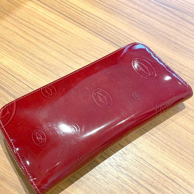 放出のお客様からカルティエの長財布【ハッピーバースデー】を買取_03