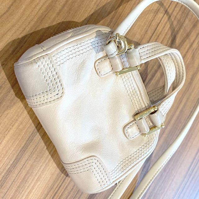 天王寺のお客様からロエベのバッグ【アマソナ マイクロミニ】を買取_02