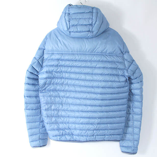 春日のお客様からモンクレールのダウンジャケット【Clovis(クロヴィス)】を買取_01
