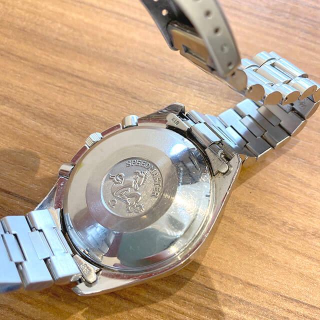 大阪のお客様からオメガの腕時計【スピードマスター クロノ】を買取_04