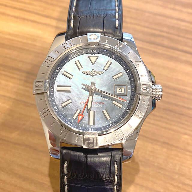 大阪市此花区のお客様からブライトリングの腕時計【アベンジャーII GMT】を買取_02