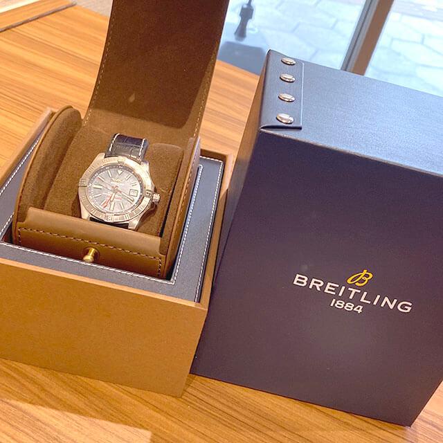 大阪市此花区のお客様からブライトリングの腕時計【アベンジャーII GMT】を買取_04