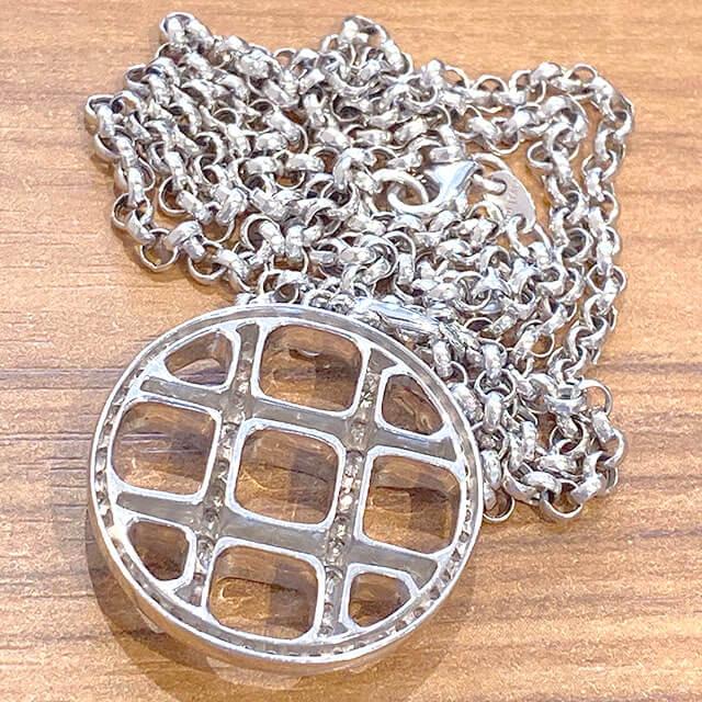 森ノ宮のお客様から18金ホワイトゴールドのダイヤ付きネックレスを買取_03