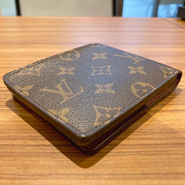 天王寺のお客様からヴィトンの二つ折り財布【ポルトフォイユ・ミュルティプル】を買取_02