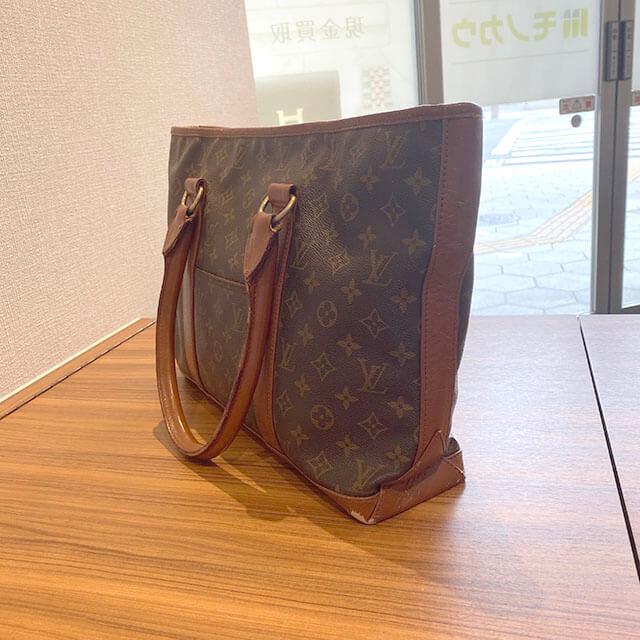 佐久平のお客様からヴィトンのバッグ【ウィークエンドPM】を買取_03