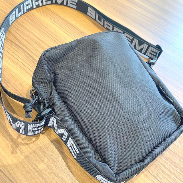 モノカウ心斎橋店にて阿波座のお客様からシュプリームのバッグを買取_02