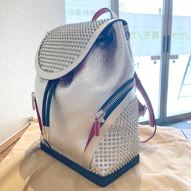 奈良のお客様からルブタンのバックパック【エクスプローラーファンク】を買取_03