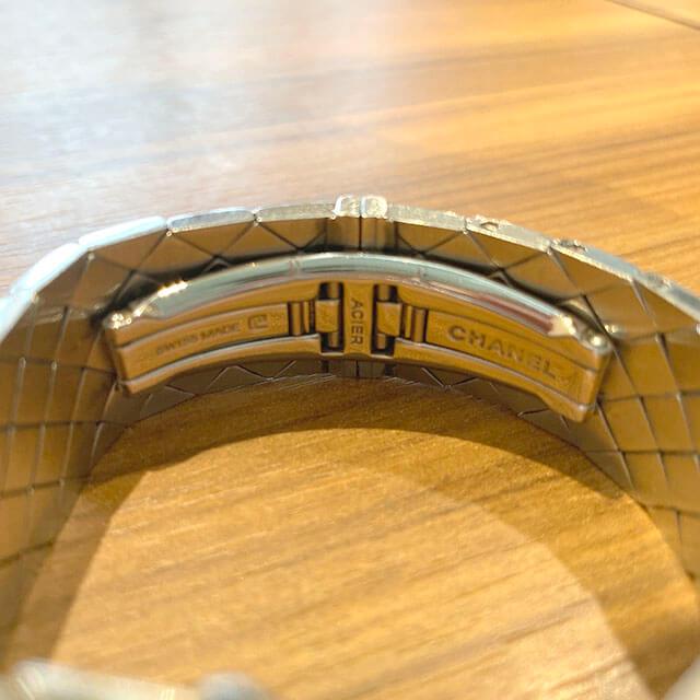 モノカウ緑橋店にてシャネルの腕時計【マトラッセ】を買取_03