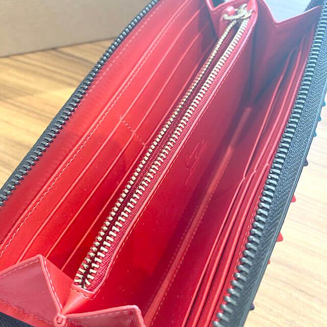 東住吉のお客様からルブタンの長財布【パネトーネ】を買取_03