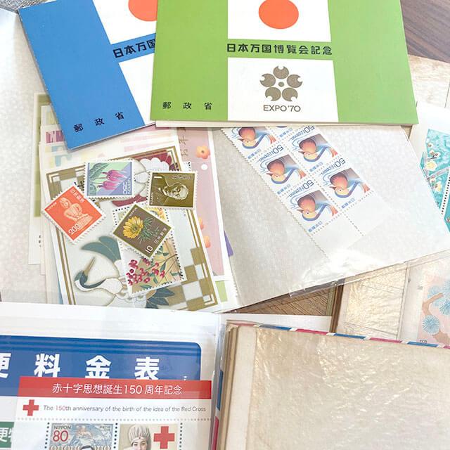 松屋町のお客様から切手の山を買取_02