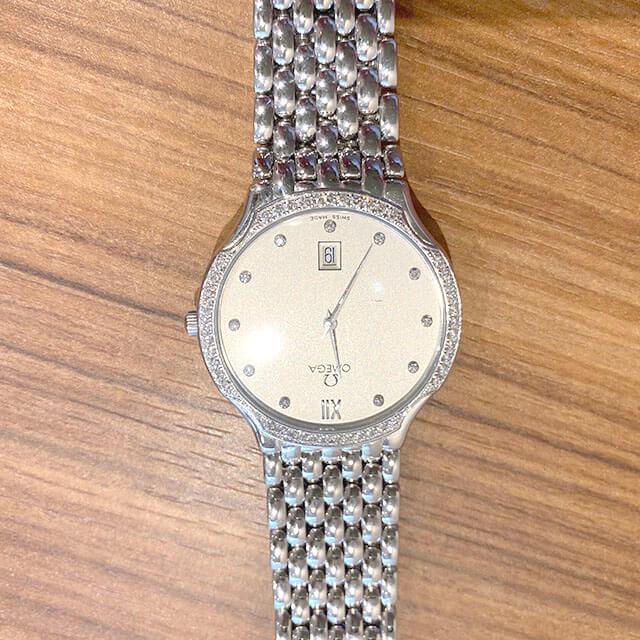 天王寺のお客様からオメガの金無垢の腕時計【デビル】を買取_04