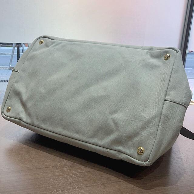 モノカウ心斎橋店にてプラダのハンドバッグ【カナパ】を買取_02