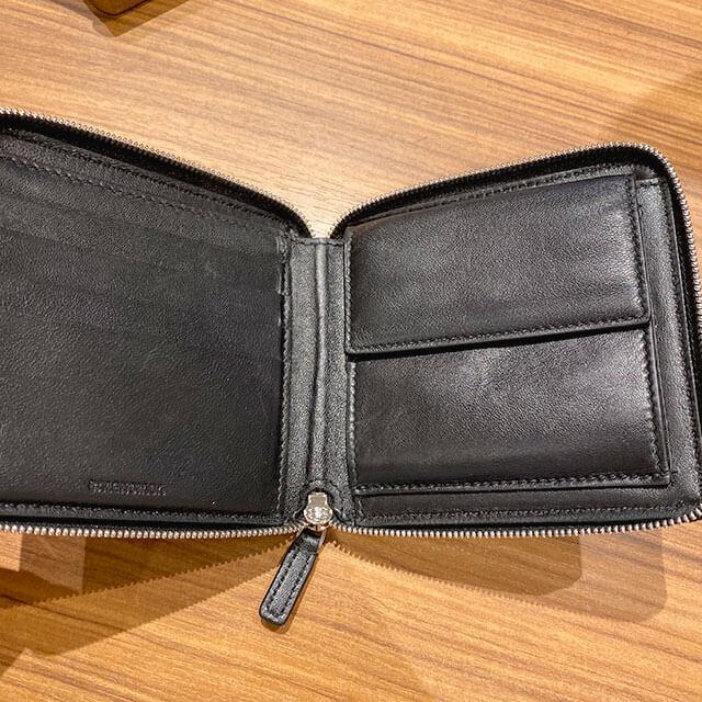 モノカウ緑橋店にて関目高殿のお客様からバレンシアガのラウンドファスナーの二つ折り財布を買取_03