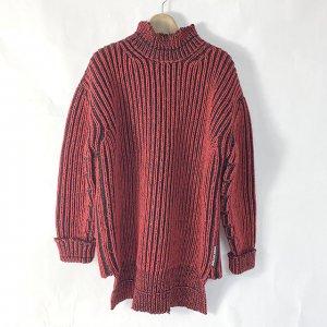 モノカウ心斎橋店にて尼崎のお客様からバレンシアガのセーターを買取