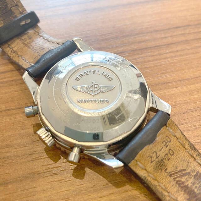 モノカウ緑橋店にて鶴見のお客様からブライトリングの腕時計【オールドナビタイマー】を買取_02