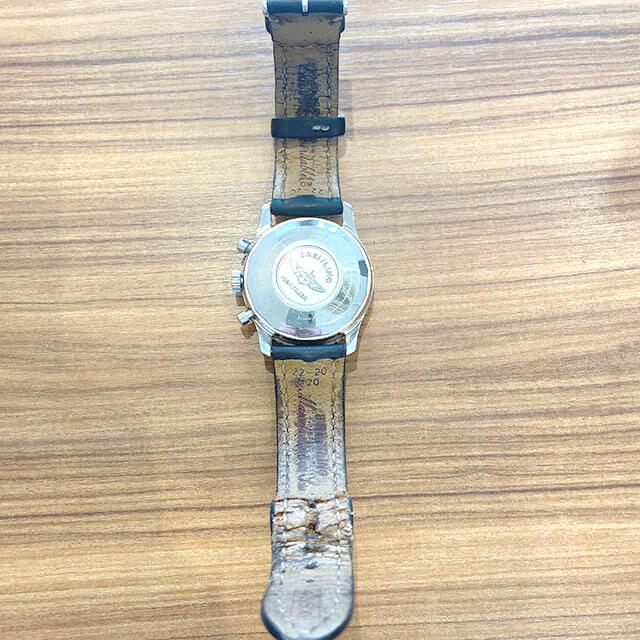 モノカウ緑橋店にて鶴見のお客様からブライトリングの腕時計【オールドナビタイマー】を買取_03