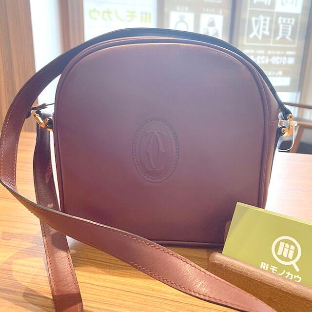 青森のお客様から宅配買取にてカルティエの【マストライン】のショルダーバッグを買取_01