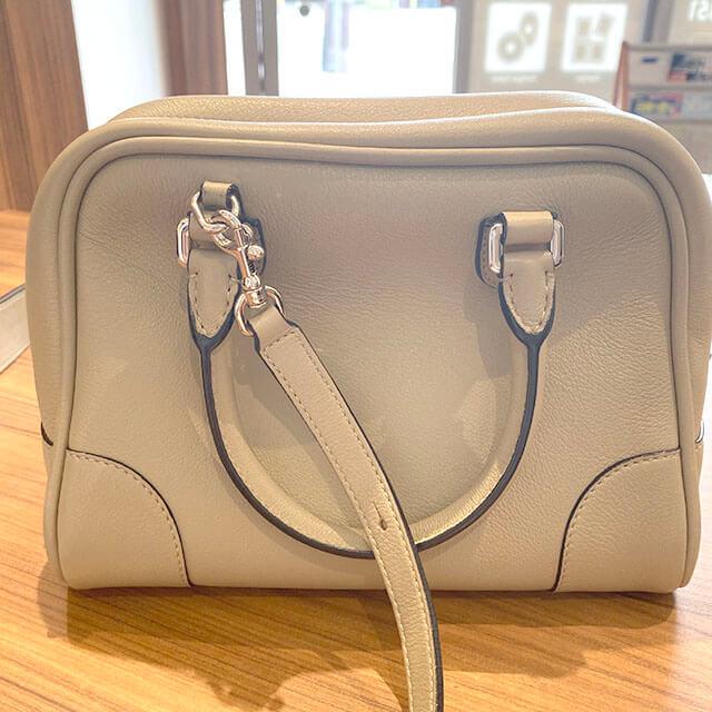 板橋のお客様から宅配買取にてロエベの2wayバッグ【アマソナ75】を買取_02