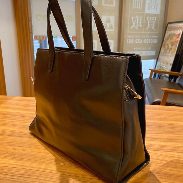 明石のお客様から宅配買取にてロエベの2wayバッグを買取_02