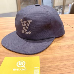 モノカウ心斎橋店にて石切のお客様からヴィトンの帽子【キャスケット・LVチェーン】を買取