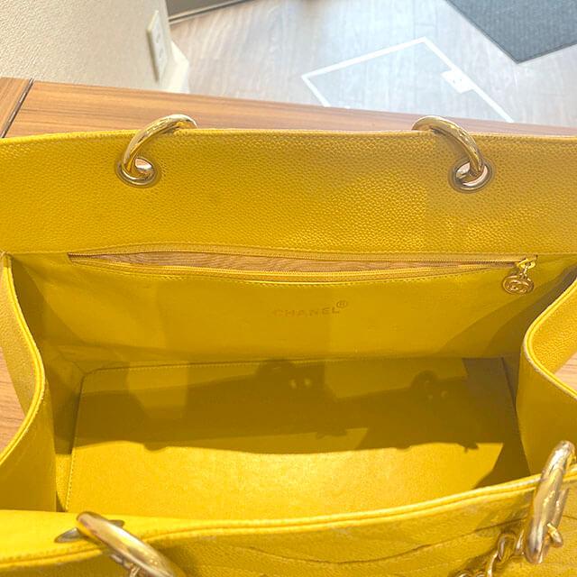 熊本のお客様から宅配買取にてシャネルのキャビアスキンのチェーンバッグを買取_04