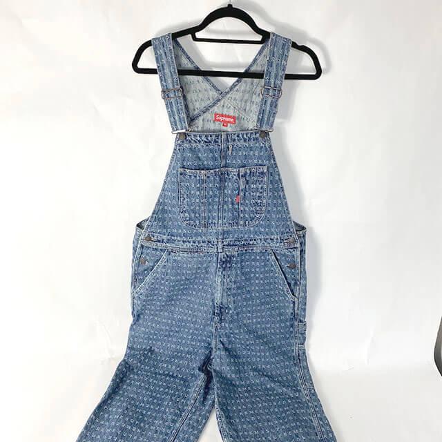 ブランド買取専門店【モノカウ】の宅配買取にて、滋賀のお客様からシュプリームの【20SS jacquard logos Denim overalls】を買取致しました。_01