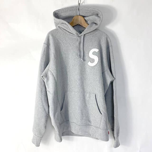 滋賀のお客様から宅配買取にてノースフェイスの【20SS S logo hooded sweatshirt Heather Grey 】を買取_01