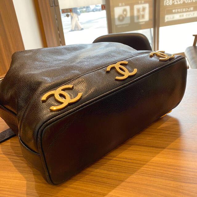 名古屋のお客様から宅配買取にてシャネルの【トリプルココ】巾着ショルダーバッグを買取_03