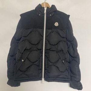 札幌のお客様から宅配買取にてモンクレールのダウンジャケット【ARLES(アーレス)】を買取