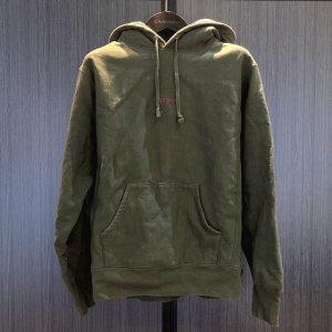 モノカウ心斎橋店にてシュプリームの【17AW Compact Logo Hooded Sweatshirt】を買取