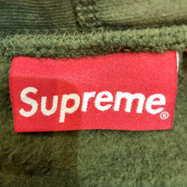モノカウ心斎橋店にてシュプリームの【17AW Compact Logo Hooded Sweatshirt】を買取_04