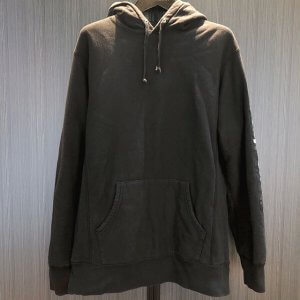 モノカウ心斎橋店にてシュプリームの【17SS Sleeve Patch Hooded Sweatshirt】を買取
