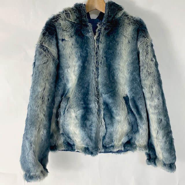 愛知のお客様から宅配買取にてシュプリームの【Faux Fur Reversible Hooded Jacket】を買取_01