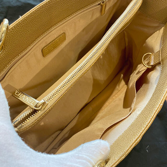 尼崎のお客様から宅配買取にてシャネルの【ココマーク】チェーンショルダーバッグを買取_04